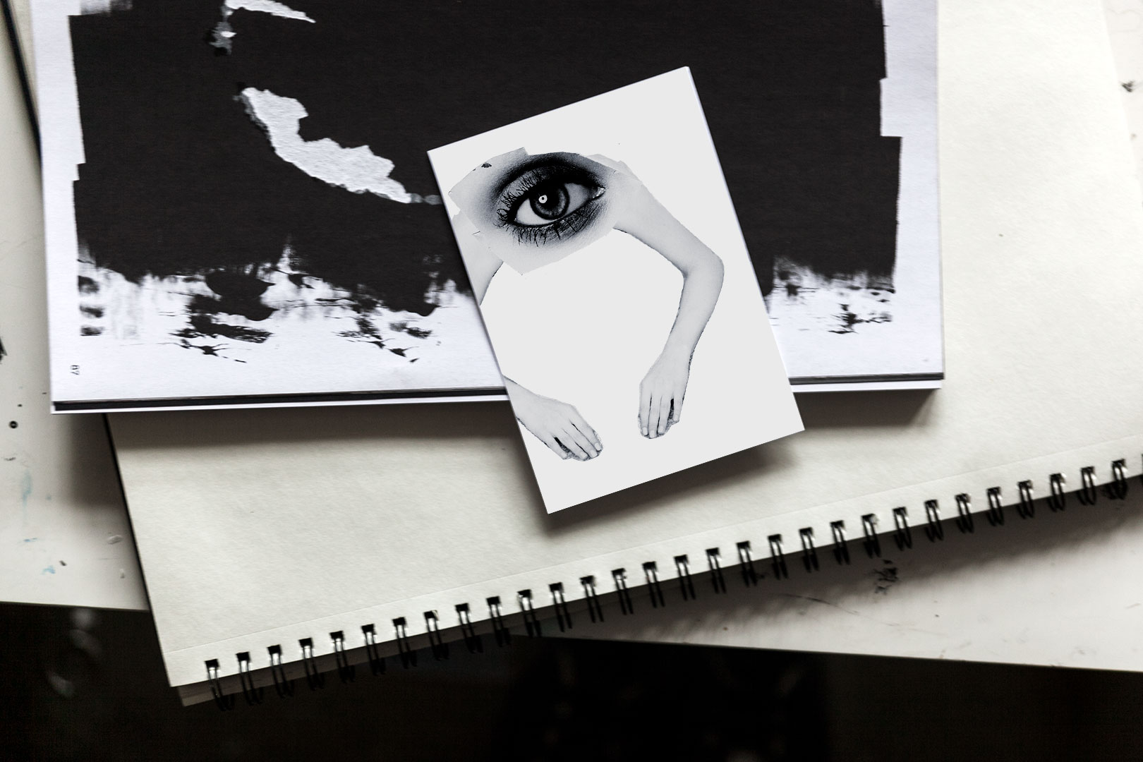 Postikortti | Dada eye