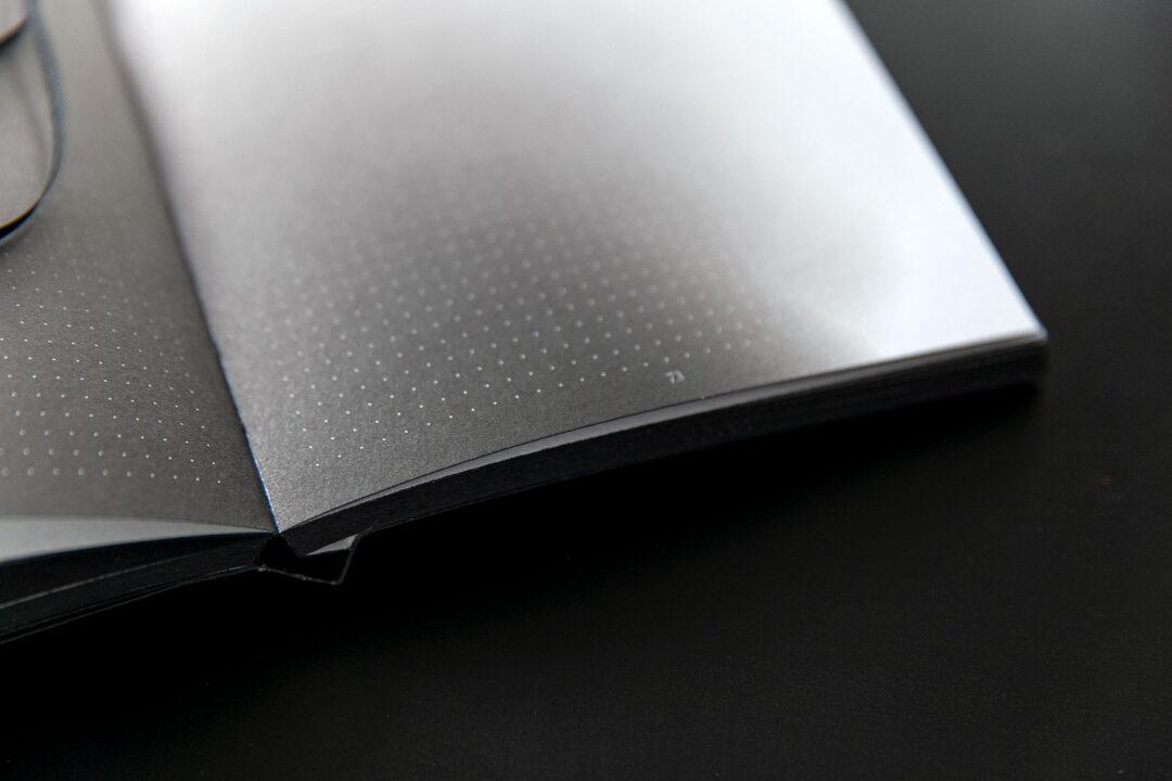 Aura notebook A5 Monochrome slim   bullet journal 16